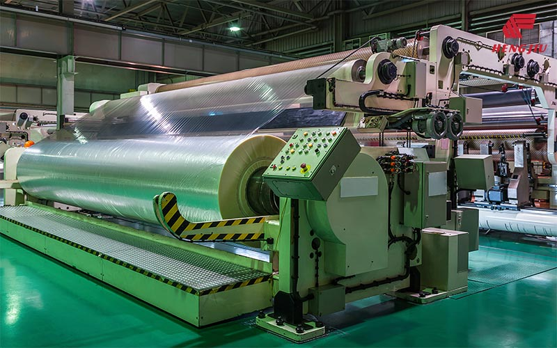Chains for the Synthetic Film Stretching Industry